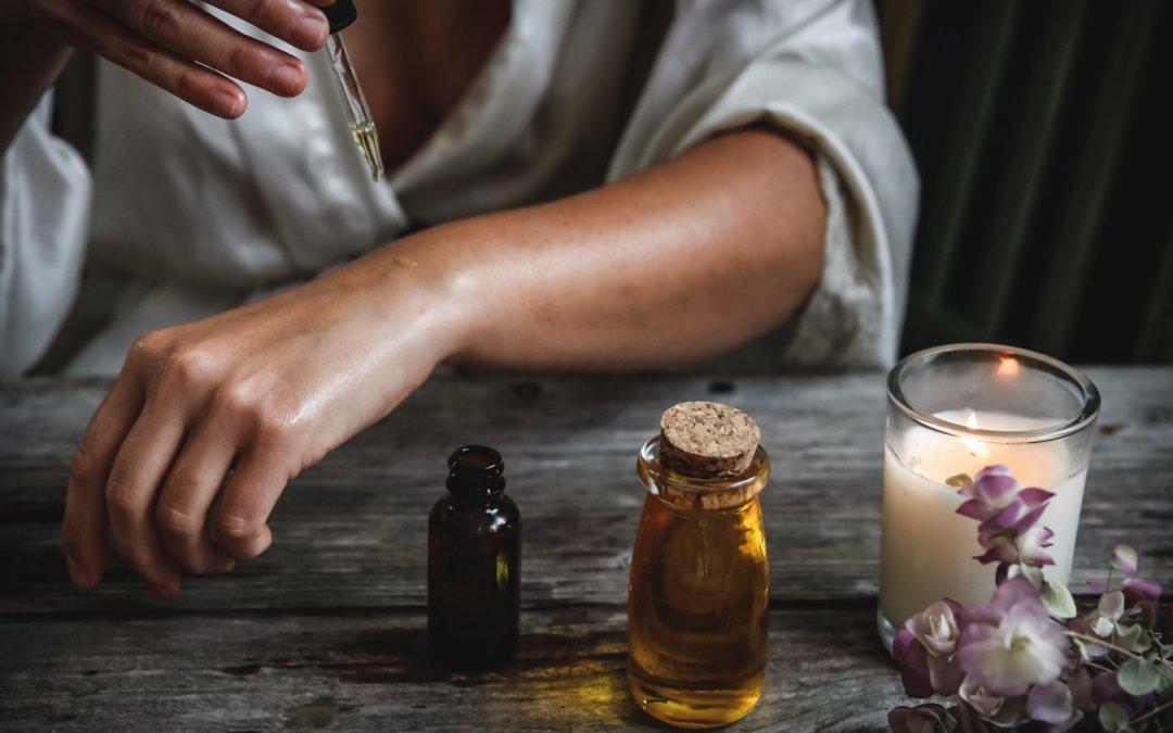Die Wirkung von Aromaölen während einer Massage