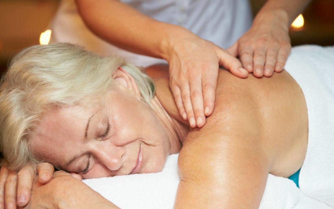 Warum Massage für Senioren oder im Alter besonders wichtig ist